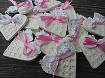 Darčeky pre svadobčanov - srdiečko pre hostí s krajkou/zdobené - 4575607_