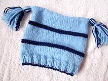 Detské čiapky - ZĽAVA z 8e - Modrá pruhovaná čiapka s brmbolcami - 4580013_