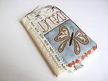 Motýlí snění I.- romantický obal na telefon