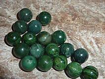 Minerály - Nefrit 10mm - 4595505_