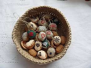 Dekorácie - Oriešky na vianočný stromček - 4593842_