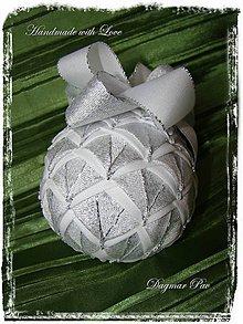 Dekorácie - Vianočná guľa Šiška 4 strieborná - 4597008_