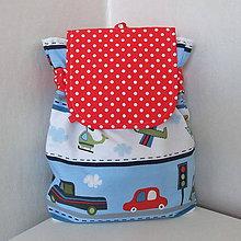 Detské tašky - Batôžtek dopravný s červeno-bielou bodkovanou klopou - 4602371_