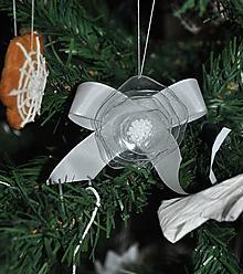 Dekorácie - Ozdoba na vianocny stromcek, z PET flase, originalne - 4614197_