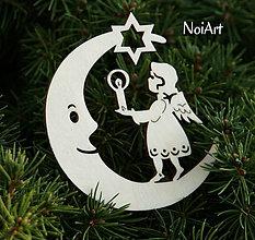 Dekorácie - Mesiac s anielom so sviečkou - 4616930_
