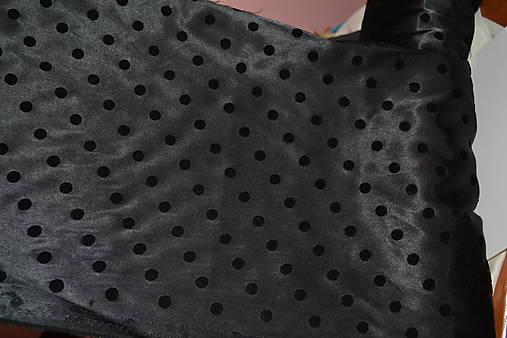 fd3a905b00e6 Satén hrubší elastický bodkovaný- čierny+hnedý-výpredaj ...