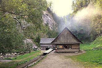 Fotografie - Prebudenie v Kvačianskej doline - 4639638_