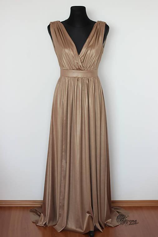 Spoločenské šaty z elastickej látky s leskom rôzne farby   Dyona ... 419cb84aba