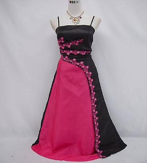 Spoločenské šaty pre MOLETKY veľkosť 48 2e4c82d58f1
