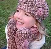 Detské čiapky - osrdiečkovaná hnedoružová - 4656617_
