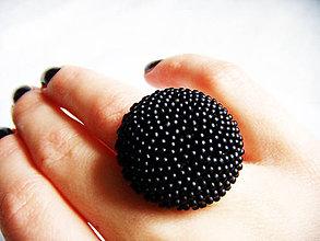 Prstene - BUTTON_Black - 4653633_