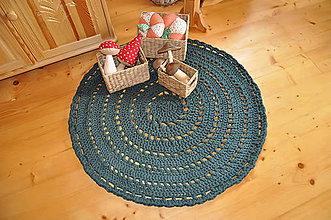 1931ff41ab Úžitkový textil - Tmavozelený koberec - 4655925