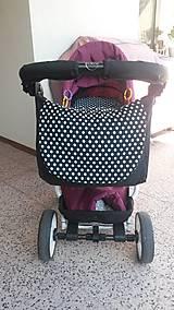 Taška na kočík s predným dielom doladeným k podložke