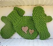 Rukavice - zamilované rukavičky - jabĺčkovozelené - 4663021_