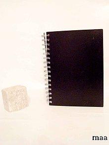 Papiernictvo - čierne hviezdy A5 - 4667951_
