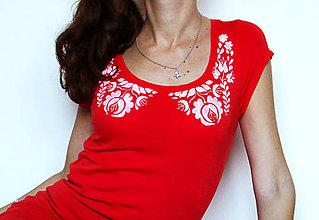 Tričká - červené s ľudovým golierom - 4666797_