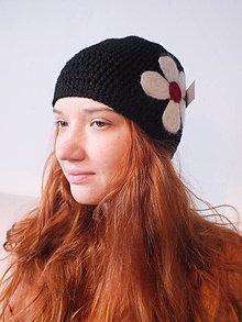 Čiapky - čierna čiapka - biely KVET - 4667831_