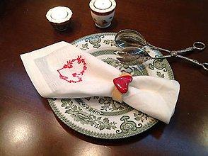 Úžitkový textil - Obrusky - Srdiečkové - s obručkami - 4668804_