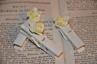 Darčeky pre svadobčanov - Štipce s ružičkami - 4679074_