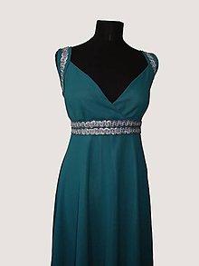 Šaty - flitrami zdobené šaty - 4677538_