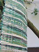 tkaný koberec - zelený  70 x 150 cm
