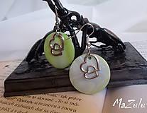 Náušnice - zelené náušnice so srdiečkom - 4692045_