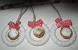 Dekorácie - vianočné oriešky trochu inak... - 4692726_