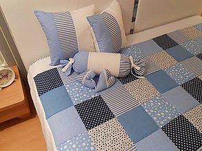 Úžitkový textil - prehoz na posteľ patchwork deka 140x200 alebo 220x220 svetlo-tmavo modrá s bielou - 4706291_