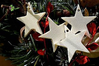 Dekorácie - vianočné výseky - hviezda malá 4x4 cm - 4707257_