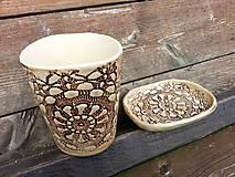 Sada pohár na kefky a mydlovnička sedmikráska