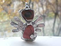 Náhrdelníky - Anjelik so srdiečkom-jaspis brekcia-prívesok-tiffany - 4713839_