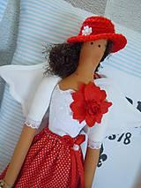 Bábiky - Červená v klobúčiku - 4721520_