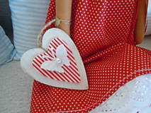 Bábiky - Červená v klobúčiku - 4721524_