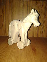 Hračky - vyrezávaný koník - 4723277_