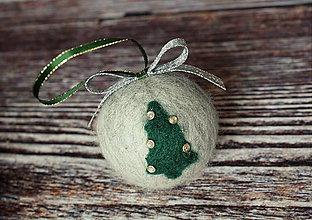 Dekorácie - vianočná guľa Stromček - 4726455_