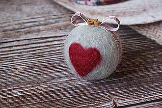 Dekorácie - vianočná guľa Srdce - 4726486_