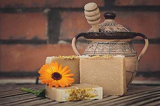 Drogéria - Úsmev záhonov - Nechtíkové mydlo (90gr) - 4736935_