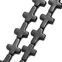 Minerály - NAT5650, Howlit syntetický Kríž 16mm ČIERNA /1ks - 4747667_