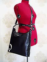 Kabelky - Kožená kabelka Maťka s kvetom