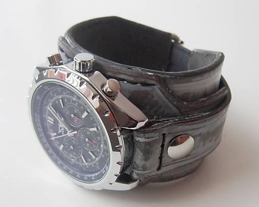 fbeeba067 Štýlové hodinky s koženým náramkom / leon - SAShE.sk - Handmade Náramky