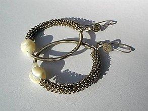 Náušnice - perleťové gizmo náušky - 4783001_
