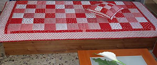 Prehoz patchwork -  červený šach
