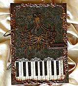 - PIANO ( unisex)  - 4822590_