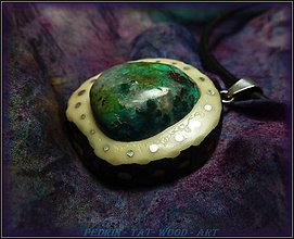 Náhrdelníky - 399. Drevený náhrdelník  TAGUA - CHRYZOKOL - 4823288_