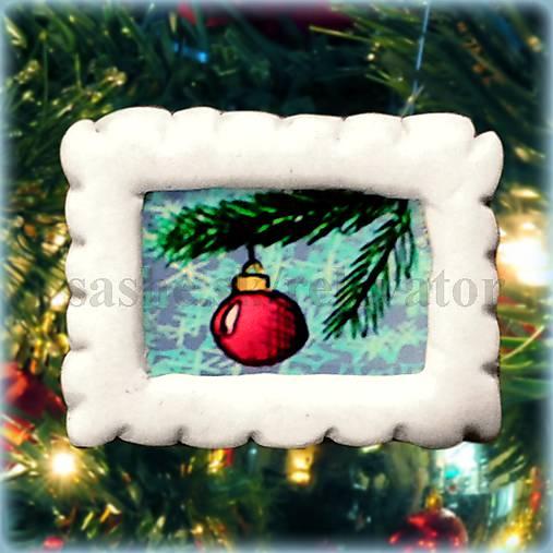 Vianočná magnetka - poštová známka - guľa