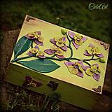 Purpurová orchidea - šperkovnica