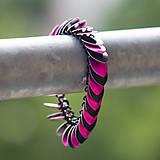Náramky - Šupináč Pink striped skunk - náramok - 4853145_