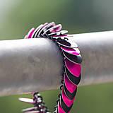 Náramky - Šupináč Pink striped skunk - náramok - 4853146_