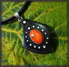 Náhrdelníky - 422. Drevený náhrdelník - GRENADILL - KORÁL Mexiko - 4850205_