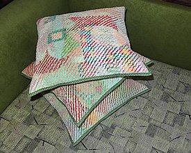 Úžitkový textil - Žinylkové vankúše s nádychom zelenej - 4863190_